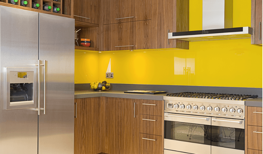 yellow kitchen splashbacks