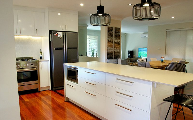 white kitchen island3