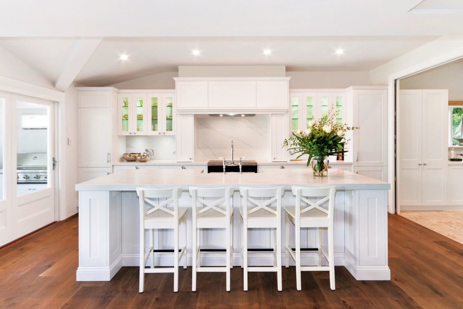 The Recipe For A Classic Hamptons Style Kitchen Kitchen