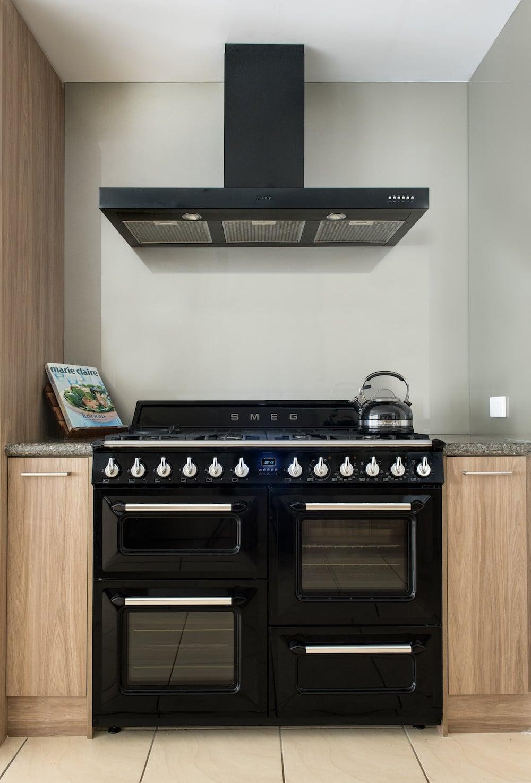 Kitchen Craftsmen Renovation project Appliances