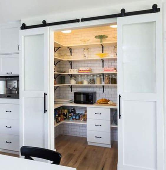 Kitchen-Craftsmen-Renovation-Blog-Butlers-Pantry-Walk-In-Storage